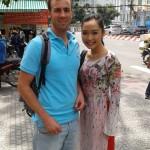 Chaine tv vietnamienne HTV9, en compagnie d'une star local