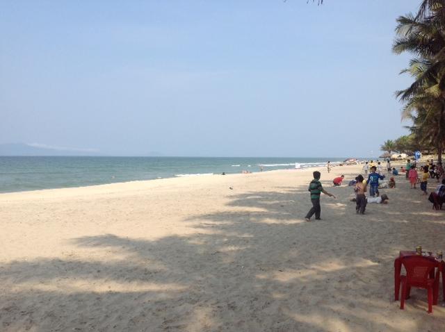 Good Morning Vietnam Hoi An Menu : La plage de hoi an au vietnam